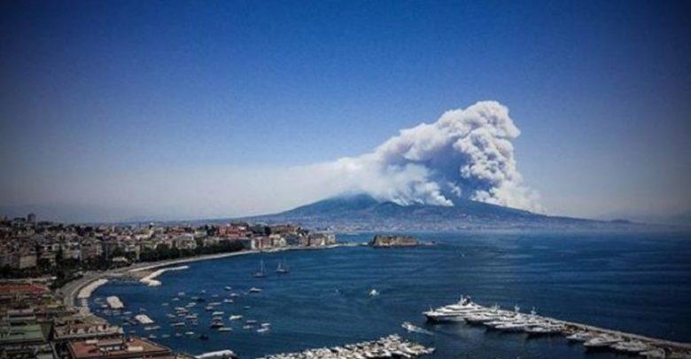 Napoli, Vesuvio