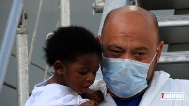 Photo of Salerno: ennesimo sbarco di migranti, a bordo 26 cadaveri