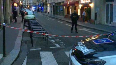 """Photo of Parigi: è ritornato il terrore. Un uomo ha accoltellato i passanti al grido di """"Allah Akbar"""""""