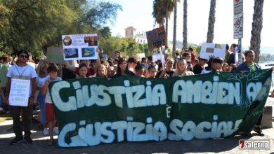 Photo of Friday for Future: studenti in piazza per il clima in 180 città italiane