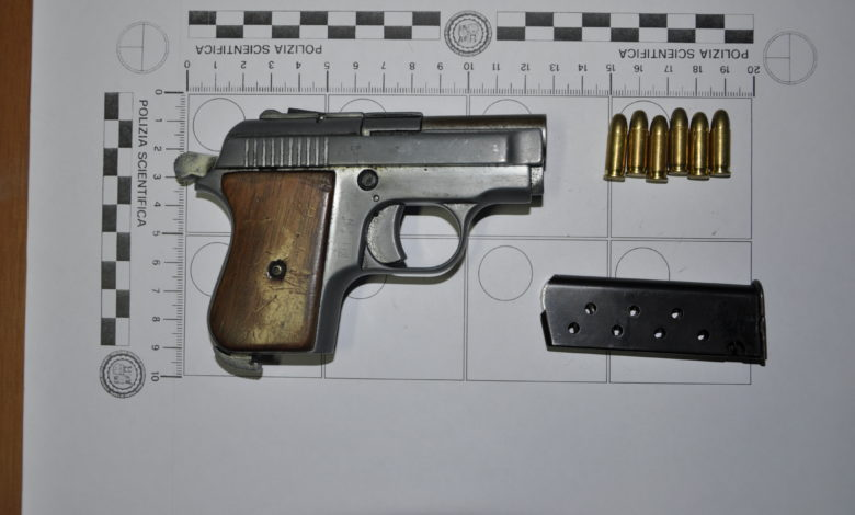 Questura di Salerno-Sequestro Arma