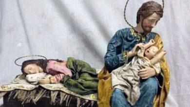 Photo of Facciamo riposare Mamma, il Presepe che piace al Papa